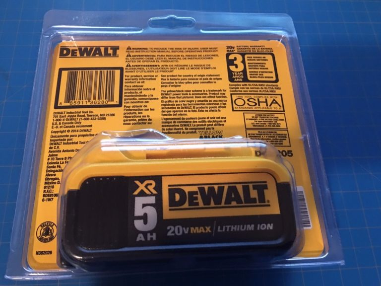 dewalt-20v-max-lithium-ion-battery-1